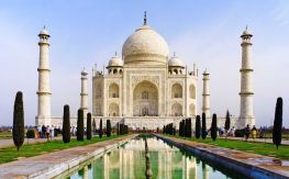 8-books-that-will-make-you-want-to-travel-to-india_resize